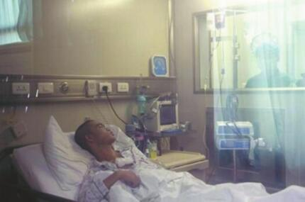 四川脐带血千里救人 18岁湖北少年重获新生