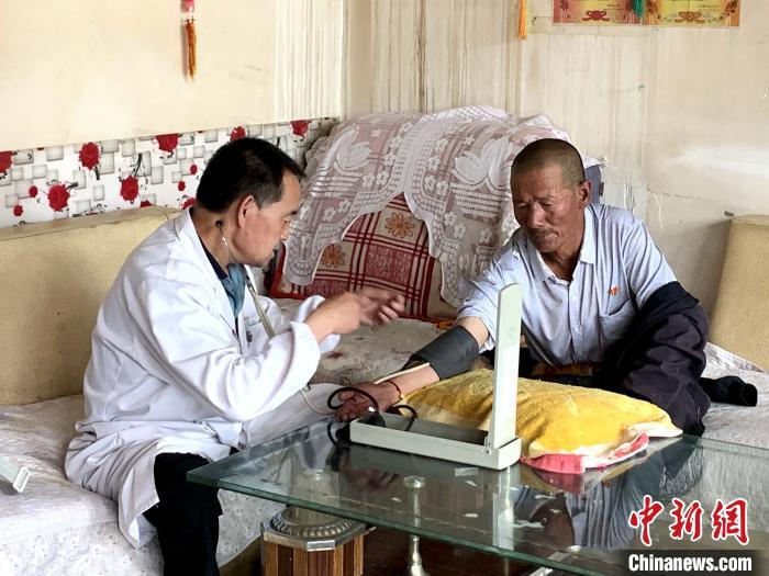 """青海乡村医生:从""""力不从心""""到多元培养"""
