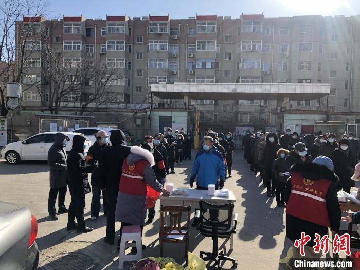 石家庄:号召全市党员下沉社区防控一线开展志愿活动