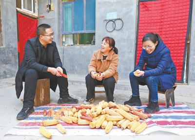 85后夫妻接力扶贫,先后担任龙泉村第一书记